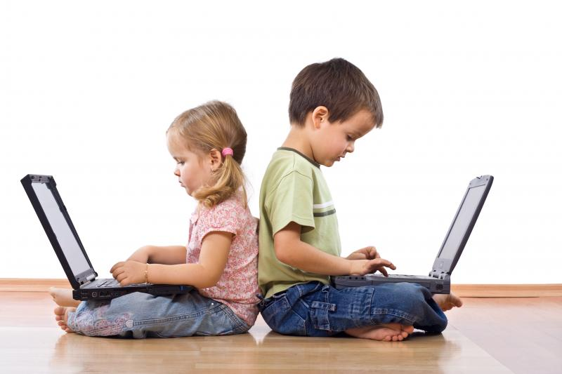 kids-on-computers